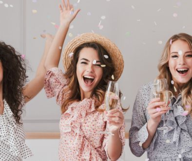 8 Ways to Thank Your Bridal Party for all of Their Support on Your Big Day